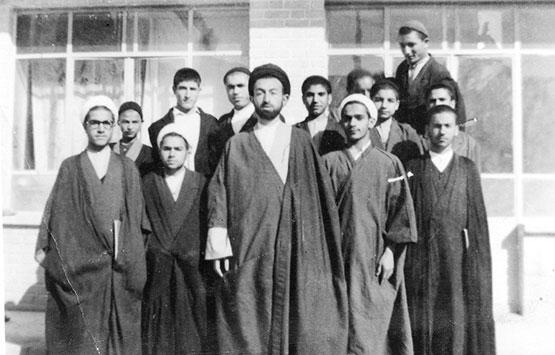 آماده خوری ؛ آغاز انحطاط جامعه از نگاه شهید دکتر بهشتی